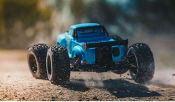 ARRMA NOTORIOUS 6S BLX 1:8 4WD MONSTER TRUCK ARAD89BB (BLUE)