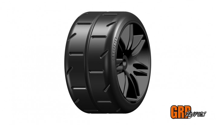 GRP 1:5 TC - W02 REVO NEW - P1 EXTRASOFT - MOUNTED ON BLACK WHEEL - 1 PAIR